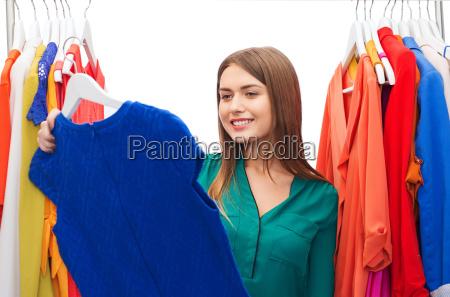 mulher azul pessoas povo homem risadinha