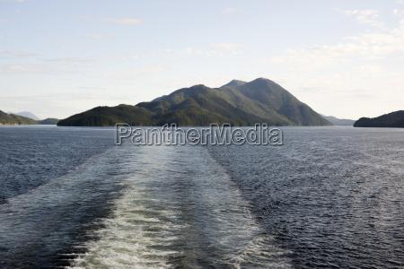 alaska ferry do estado deixa uma