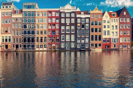 as casas da danca no canal