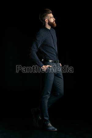 side, view, of, stylish, handsome, bearded - 20508521