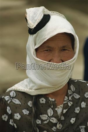 traditional head dress of uyghurs minpeng