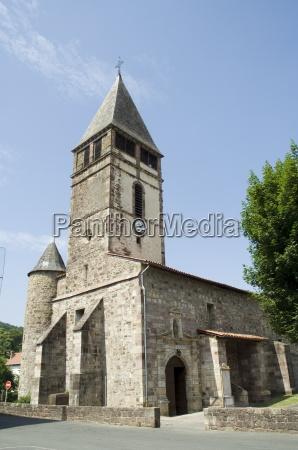 antiga igreja em st etienne de