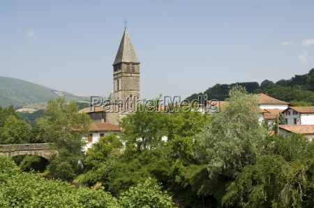 passeio viajar igreja cidade cor caucasiano