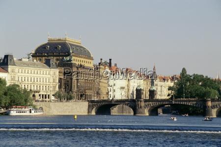 passeio viajar ponte caucasiano europeu europa