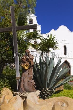 passeio viajar religiao igreja estatua cruz
