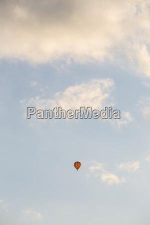 voo nuvem luz solar brandenburg veiculo