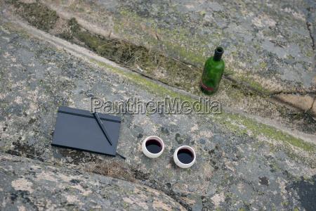 escrever passeio viajar beber bebida vinho