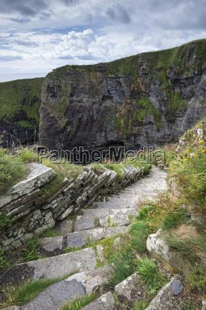 escada passeio viajar pedra nuvem rocha