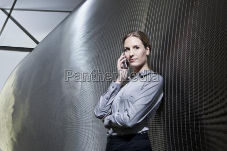 mulher moderno colonia alemanha em pe