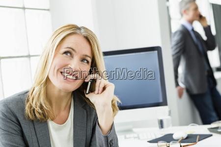 alemanha homem de negocios e mulher