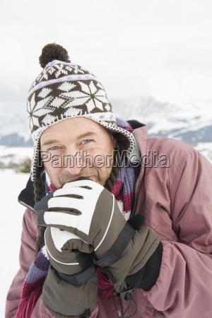lazer ferias inverno chapeu retrato luva