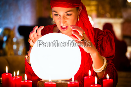 fortuneteller na empresa seance ou sessao