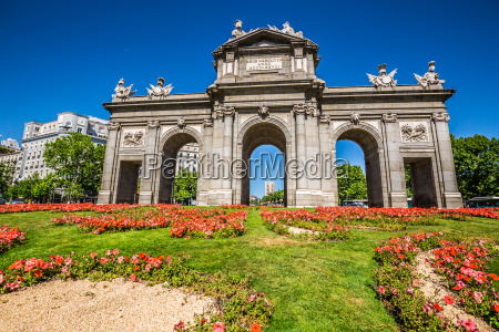 passeio viajar cidade monumento arte cultura