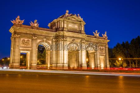 passeio viajar historico cidade monumento famoso