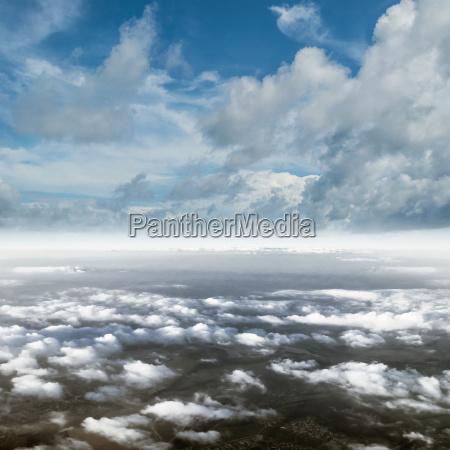 nuvens no panorama da atmosfera do