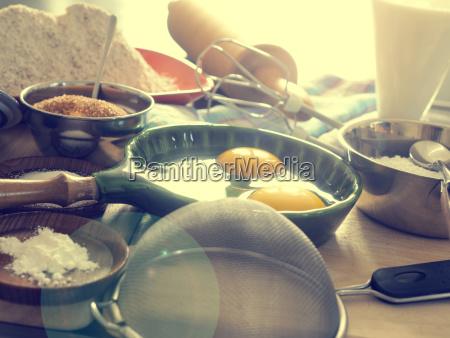 comida pan sal mesa disenyo madera