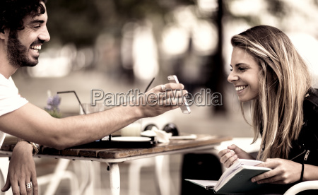 telefono cafe risilla sonrisas mujer mujeres