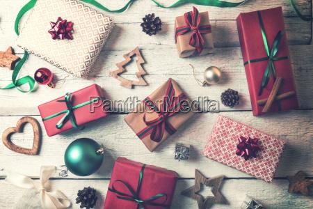 presentes e decoracoes do natal no