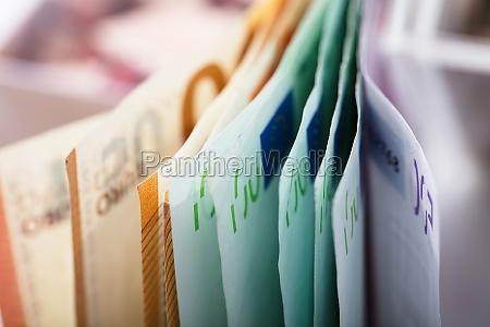 close up de euro notas de