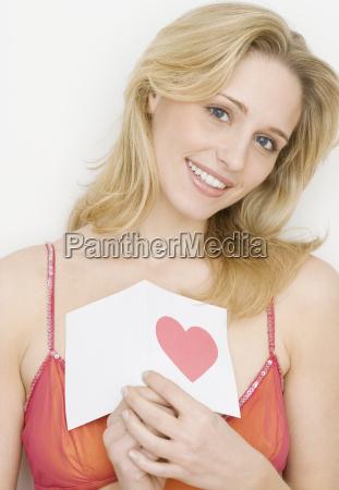 retrato de mulher segura cartao com