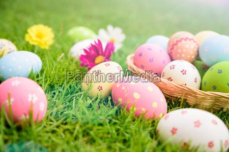 feliz pascoa ovos da pascoa coloridos