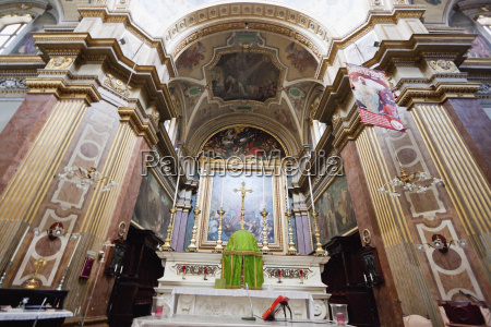 high altar in st pauls church