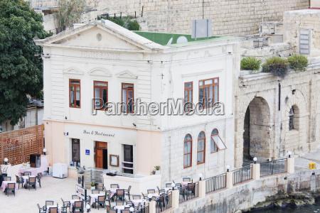 police station bar restaurant valletta