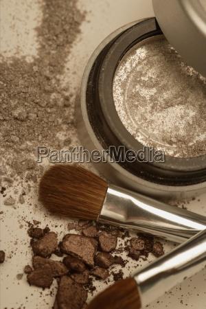 objetos saude marrom poeira perpendicular escova