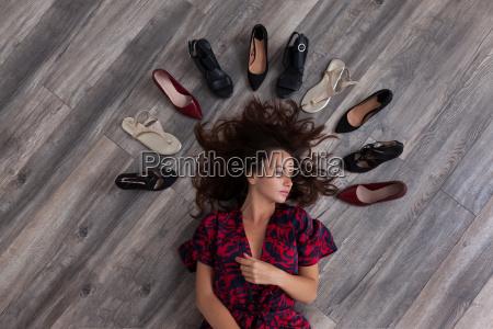 mulher negro sapatos sapatos de salto