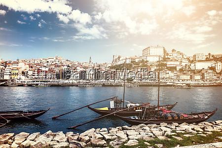 vista do centro historico do porto