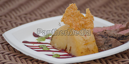 grilled beef nuts with fondant