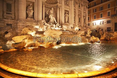 trevi fountain fontana de trevi close