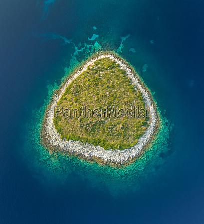 vista aerea da ilha isolada de