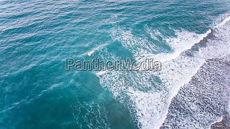 vista aerea do mar no brasil