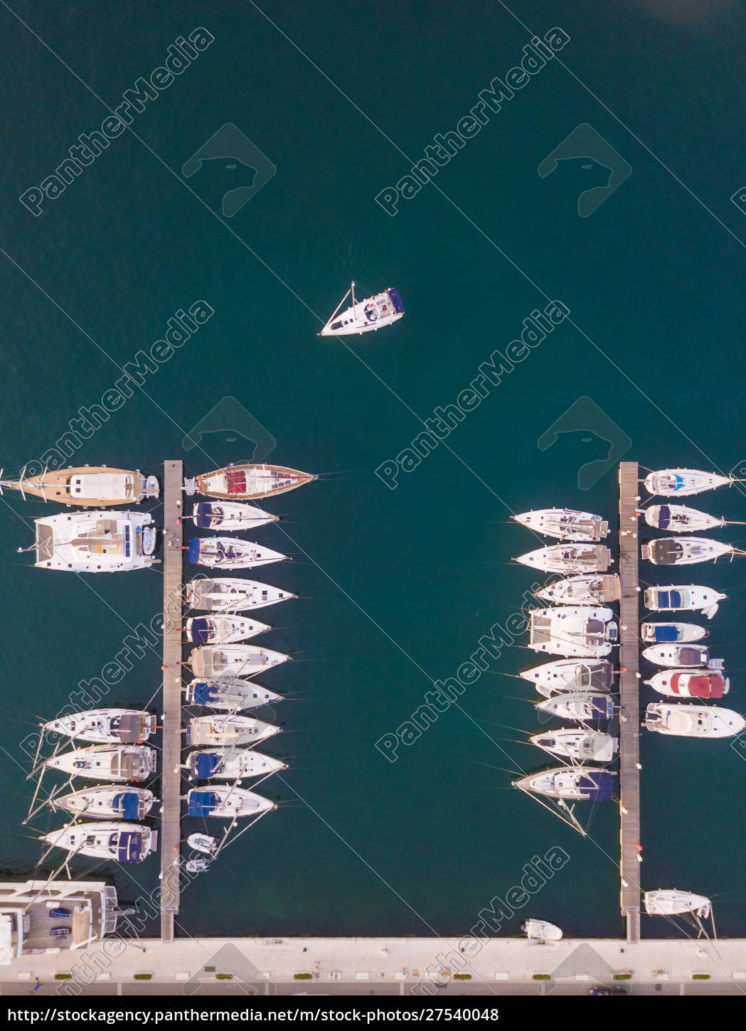 aerial, view, of, boats, anchored, at - 27540048