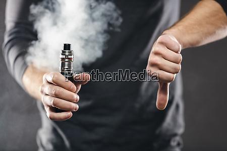 vaping, e-líquido, de, um, cigarro, eletrônico - 28093397