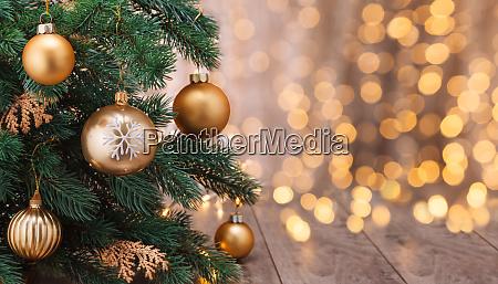 decoracao de natal com bolas e