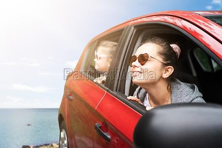 ferias em familia de carro