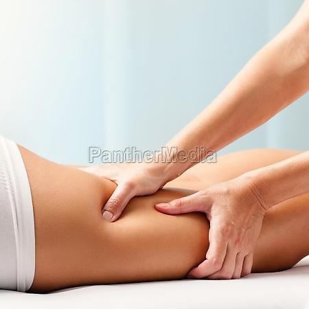 massagem osteopatica no tendao