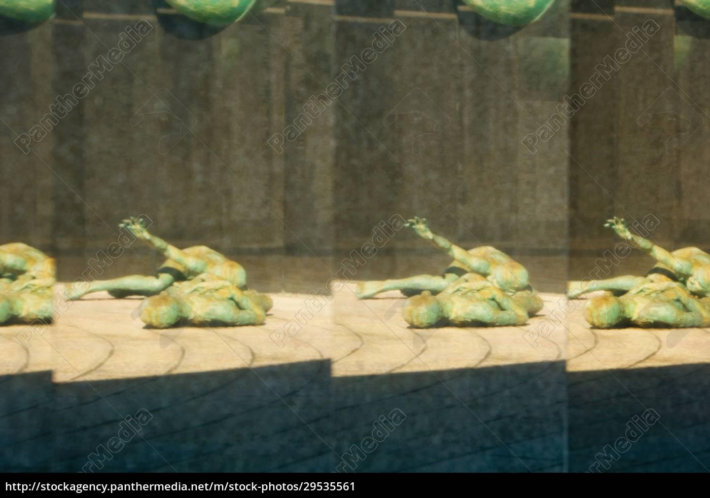 reflexo, de, uma, estátua - 29535561