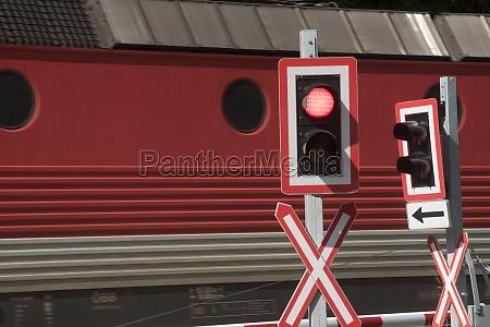 travessia, ferroviária, no, tráfego, de, trens - 29732856