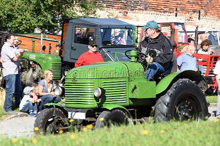 oldtimer traktor treffen em neukirchen voecklabruck