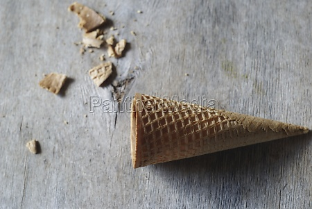 cones vazios de waffle para sorvete